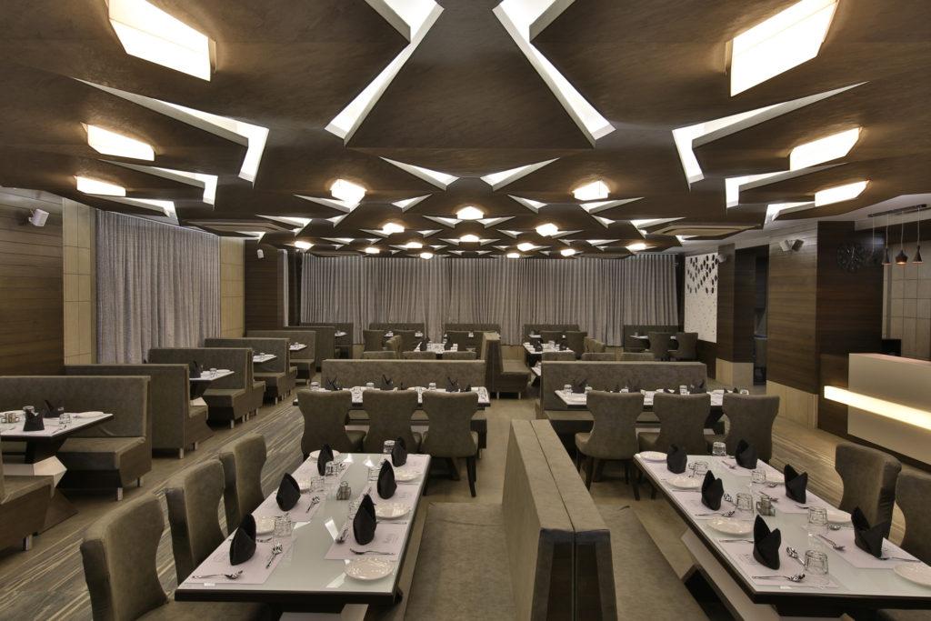 Kshitij Restaurant (1)